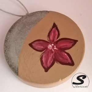 Solied Sandy Burgundy Flower Pendants